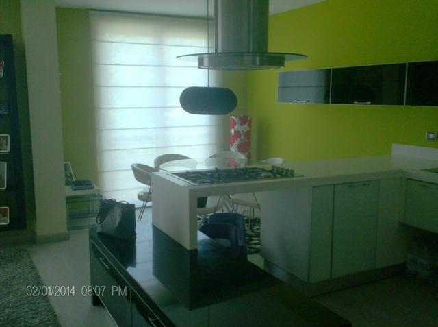 Apartamento Lara>Barquisimeto>Zona Este - Venta:83.375.000.000  - codigo: 14-8100