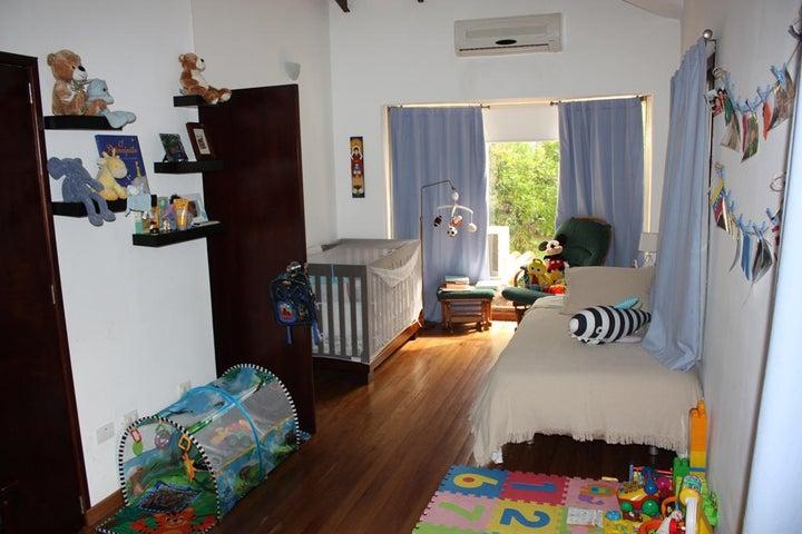 Casa Distrito Metropolitano>Caracas>Alta Florida - Venta:580.189.000.000 Precio Referencial - codigo: 14-8164
