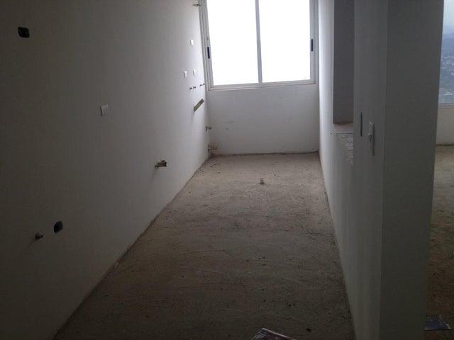 Apartamento Distrito Metropolitano>Caracas>Colinas de La Tahona - Venta:32.302.000.000 Bolivares Fuertes - codigo: 14-8168