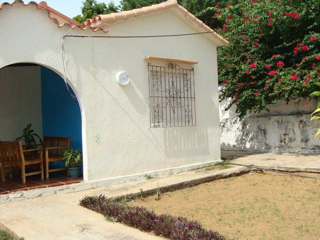 Terreno Zulia>Maracaibo>La Lago - Venta:5.250.000.000 Bolivares - codigo: 14-8195