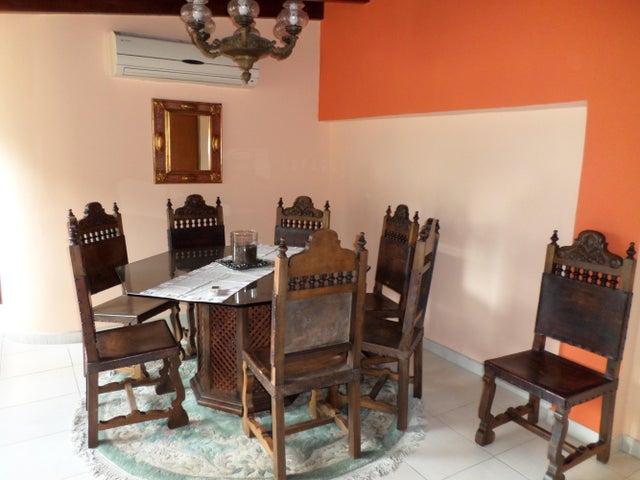Apartamento Distrito Metropolitano>Caracas>Miranda - Venta:116.038.000.000 Precio Referencial - codigo: 14-8305