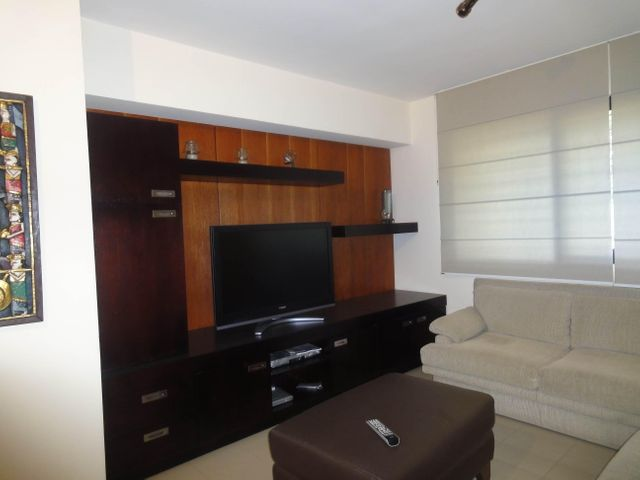 Apartamento Distrito Metropolitano>Caracas>Los Naranjos del Cafetal - Venta:189.076.000.000 Precio Referencial - codigo: 14-8813