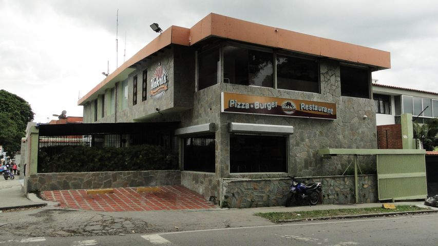 Local Comercial Distrito Metropolitano>Caracas>La Trinidad - Venta:384.000.000.000 Bolivares - codigo: 14-8549