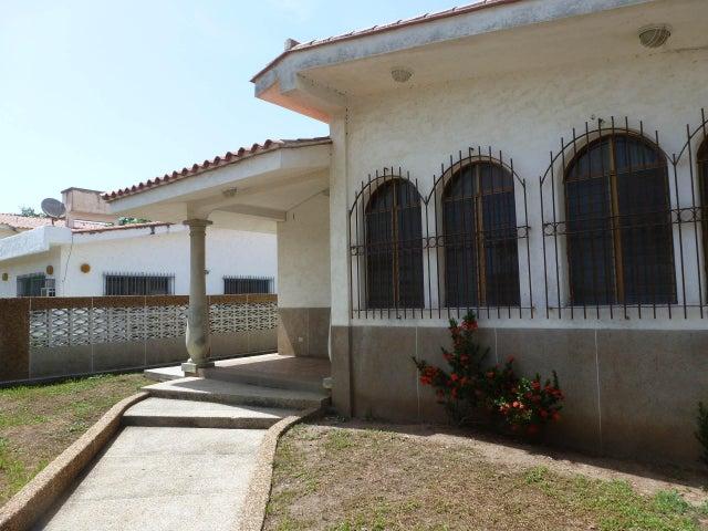 Casa Miranda>Higuerote>Ciudad Balneario Higuerote - Venta:85.568.000.000 Precio Referencial - codigo: 14-8582