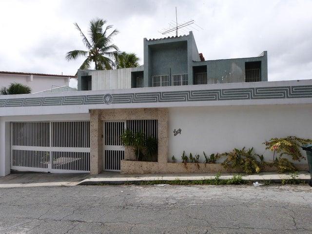 Casa Distrito Metropolitano>Caracas>Prados del Este - Venta:47.373.000.000 Bolivares - codigo: 14-8798