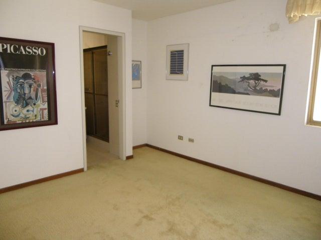 Casa Distrito Metropolitano>Caracas>Prados del Este - Venta:456.927.000.000 Precio Referencial - codigo: 14-8818
