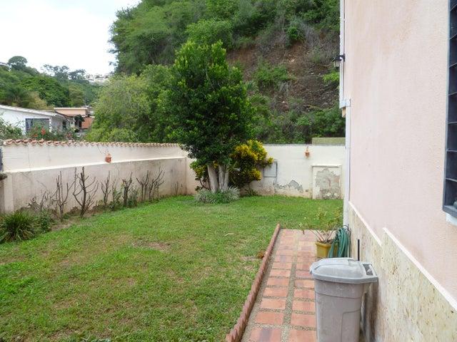 Casa Distrito Metropolitano>Caracas>Santa Marta - Venta:300.000 US Dollar - codigo: 14-8867