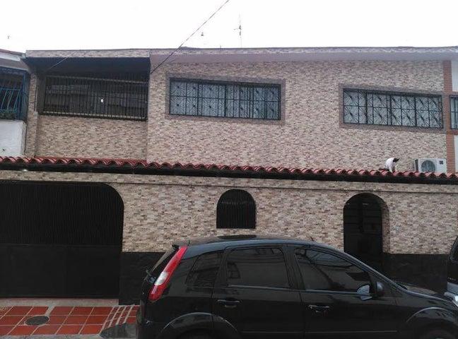 Casa Distrito Metropolitano>Caracas>Los Chorros - Venta:213.754.000.000 Precio Referencial - codigo: 14-8901