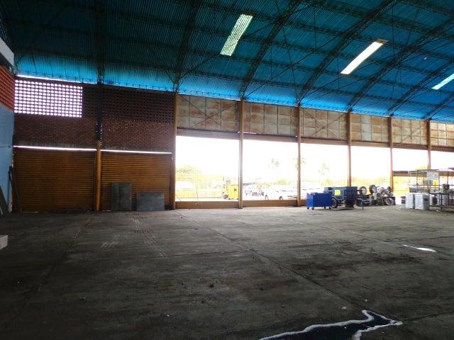 Galpon - Deposito Zulia>Maracaibo>Circunvalacion Uno - Venta:250.000 Bolivares - codigo: 14-8929