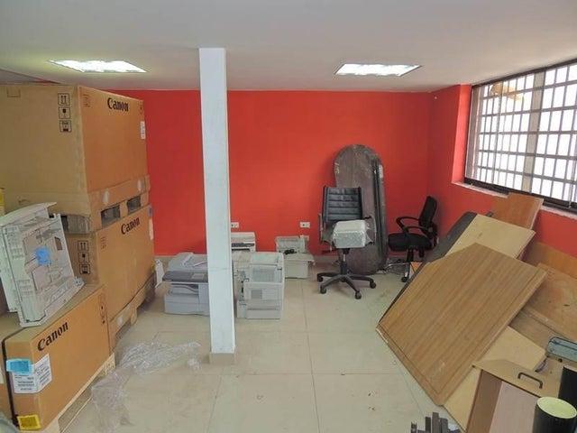Local Comercial Distrito Metropolitano>Caracas>Parroquia Santa Rosalia - Venta:64.135.000.000 Precio Referencial - codigo: 14-8949