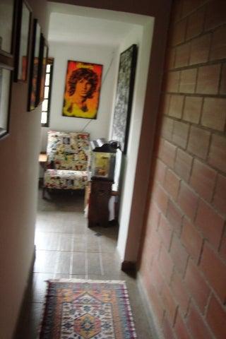 Townhouse Distrito Metropolitano>Caracas>La Union - Venta:1.800.000.000 Bolivares - codigo: 14-8947