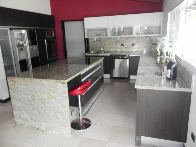Casa Distrito Metropolitano>Caracas>Prados del Este - Venta:2.066.792.000 Precio Referencial - codigo: 14-9040
