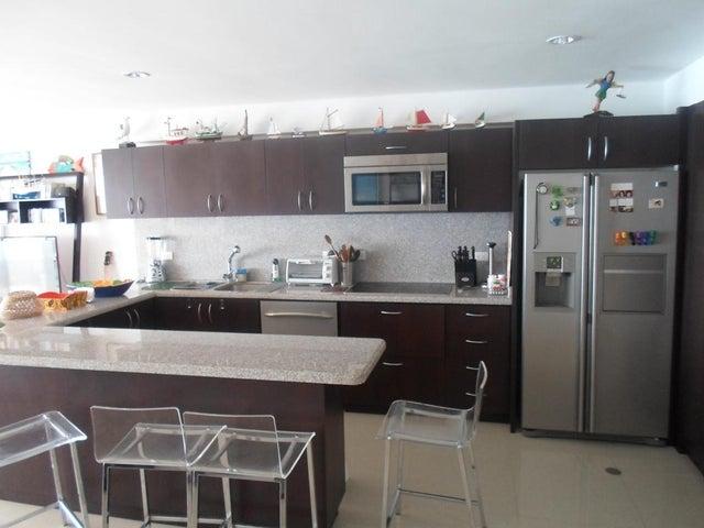 Apartamento Nueva Esparta>Margarita>Pampatar - Venta:127.097.000.000 Precio Referencial - codigo: 14-9131