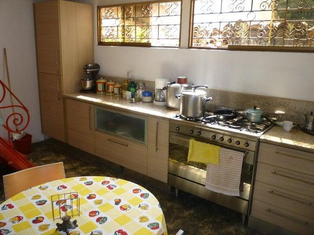 Casa Distrito Metropolitano>Caracas>La Campiña - Venta:319.260.000.000 Precio Referencial - codigo: 14-9232