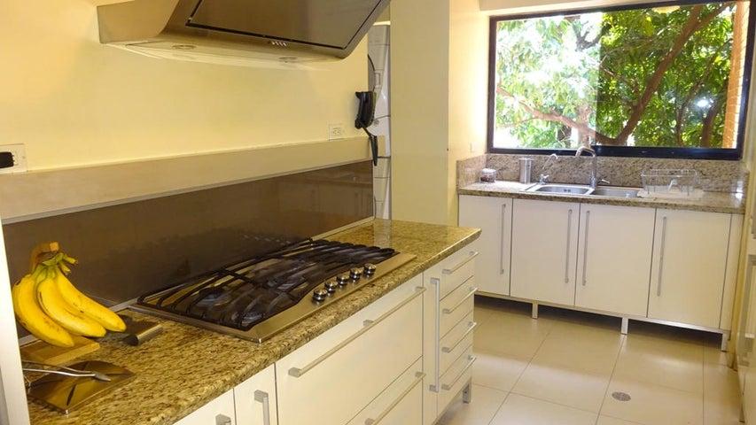 Apartamento Distrito Metropolitano>Caracas>Sebucan - Venta:162.746.000.000 Precio Referencial - codigo: 14-9327