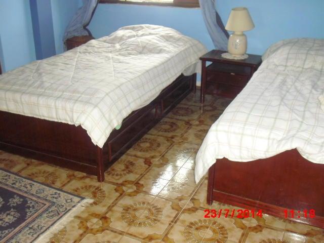 Casa Distrito Metropolitano>Caracas>La Lagunita Country Club - Venta:185.067.000.000 Bolivares - codigo: 14-9636