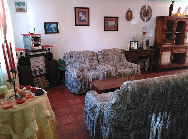 Casa Miranda>Carrizal>Llano Alto - Venta:93.182.000.000 Precio Referencial - codigo: 14-9856