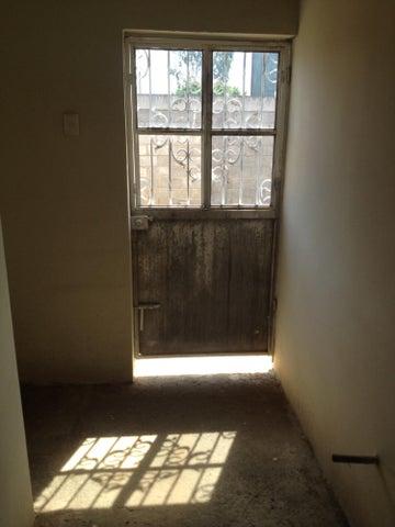 Casa Zulia>Ciudad Ojeda>Tia Juana - Venta:17.000 Precio Referencial - codigo: 14-9556