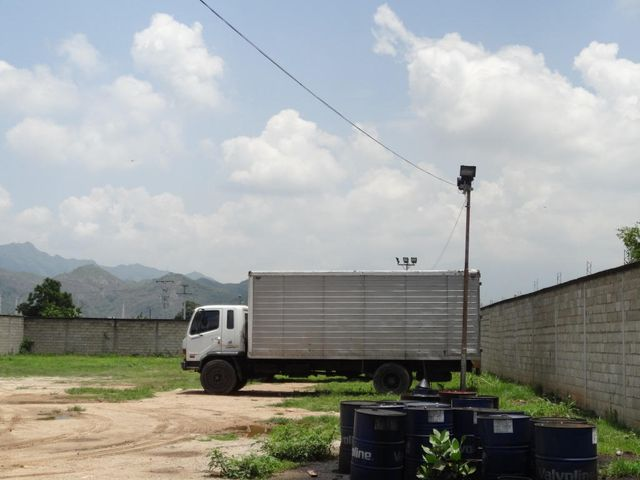 Negocios y Empresas Carabobo>Guacara>Centro - Venta:0 Bolivares - codigo: 14-9626