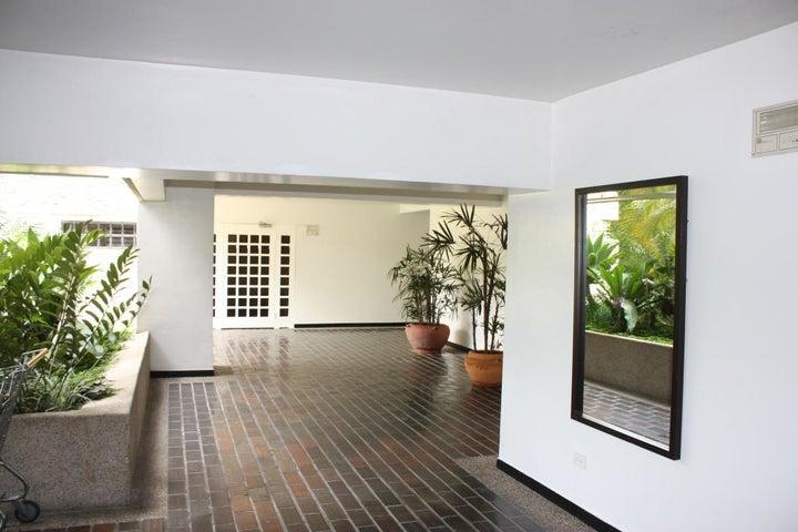 Apartamento Distrito Metropolitano>Caracas>Alto Hatillo - Venta:67.895.000.000 Bolivares Fuertes - codigo: 14-9789