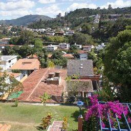 Casa Distrito Metropolitano>Caracas>Prados del Este - Venta:242.274.000.000 Precio Referencial - codigo: 14-9882