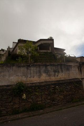 Casa Distrito Metropolitano>Caracas>El Hatillo - Venta:1.118.186.000.000 Precio Referencial - codigo: 14-9926