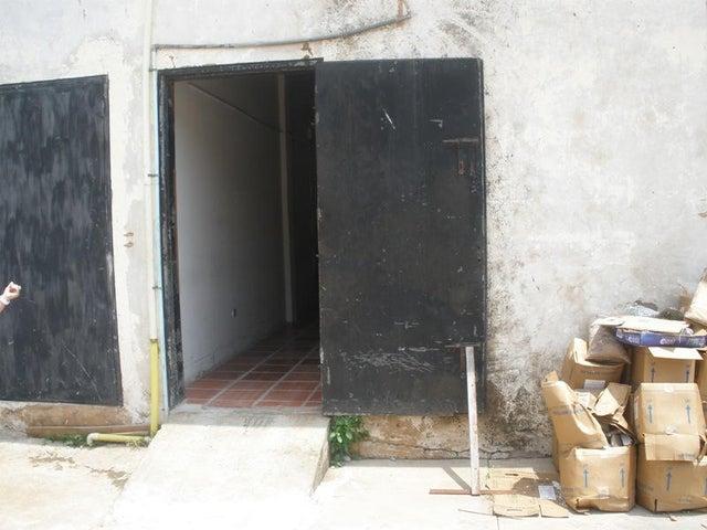 Local Comercial Zulia>Maracaibo>Sabaneta - Venta:9.161.000.000 Precio Referencial - codigo: 14-10044