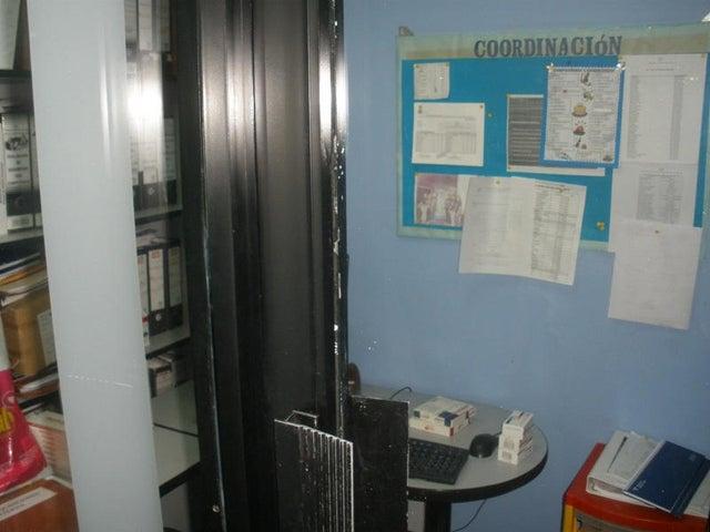 Local Comercial Zulia>Maracaibo>Sabaneta - Venta:12.519.000.000 Precio Referencial - codigo: 14-10045