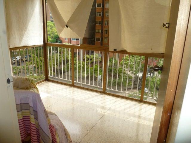 Apartamento Distrito Metropolitano>Caracas>El Cafetal - Venta:70.000 Precio Referencial - codigo: 14-10065