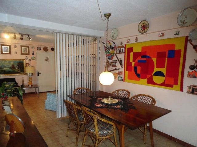 Apartamento Distrito Metropolitano>Caracas>El Cafetal - Venta:2.400.000.000 Bolivares Fuertes - codigo: 14-10165