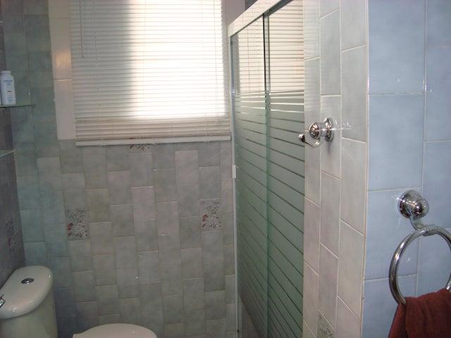 Apartamento Distrito Metropolitano>Caracas>Colinas de Bello Monte - Venta:25.325.000.000 Bolivares Fuertes - codigo: 14-10260