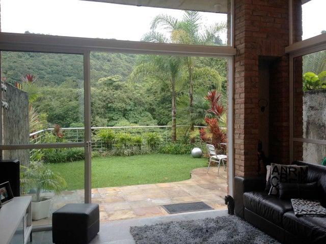 Townhouse Distrito Metropolitano>Caracas>Los Guayabitos - Venta:46.153.000.000 Bolivares - codigo: 14-10301