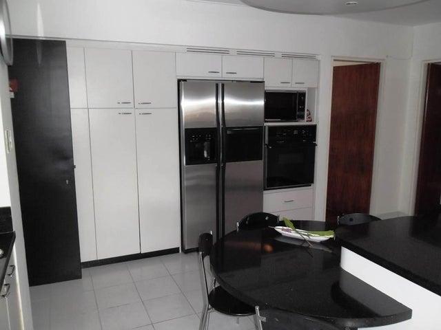 Apartamento Distrito Metropolitano>Caracas>Los Dos Caminos - Venta:90.234.000.000 Bolivares Fuertes - codigo: 14-10703