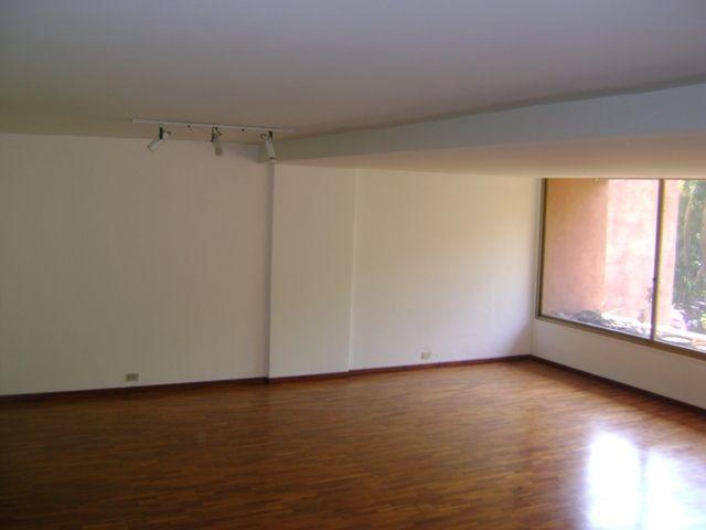 Apartamento Distrito Metropolitano>Caracas>Alta Florida - Venta:173.042.000.000 Precio Referencial - codigo: 14-10681