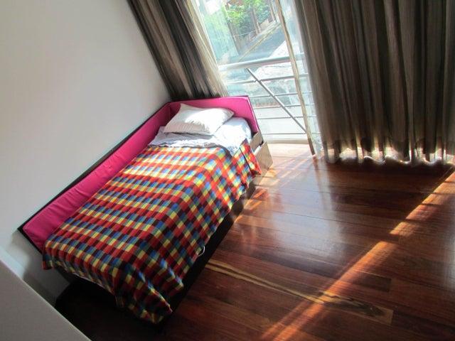 Apartamento Distrito Metropolitano>Caracas>Campo Alegre - Venta:338.560.000.000 Precio Referencial - codigo: 14-10728