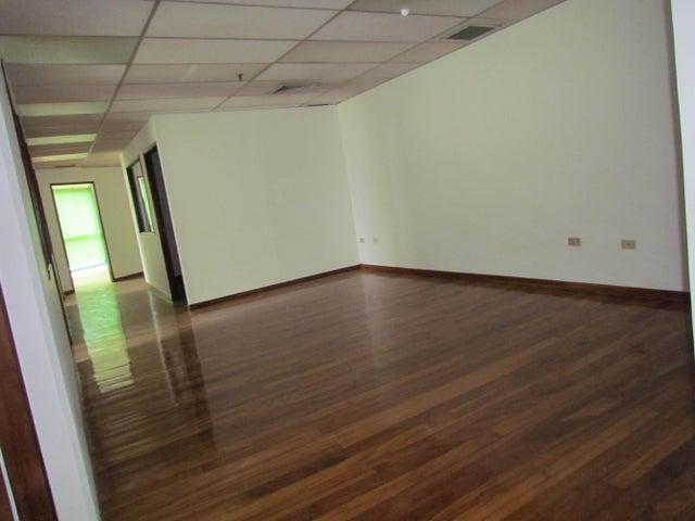 Oficina Distrito Metropolitano>Caracas>Sabana Grande - Venta:183.218.000.000 Precio Referencial - codigo: 14-10897