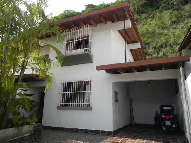 Casa Distrito Metropolitano>Caracas>Santa Paula - Venta:43.800.000 Precio Referencial - codigo: 14-10936