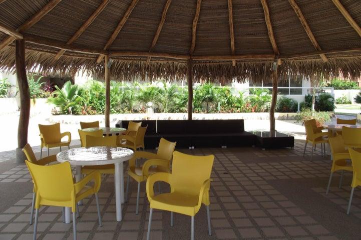 Apartamento Miranda>Higuerote>Agua Sal - Venta:32.067.000.000 Precio Referencial - codigo: 14-11327