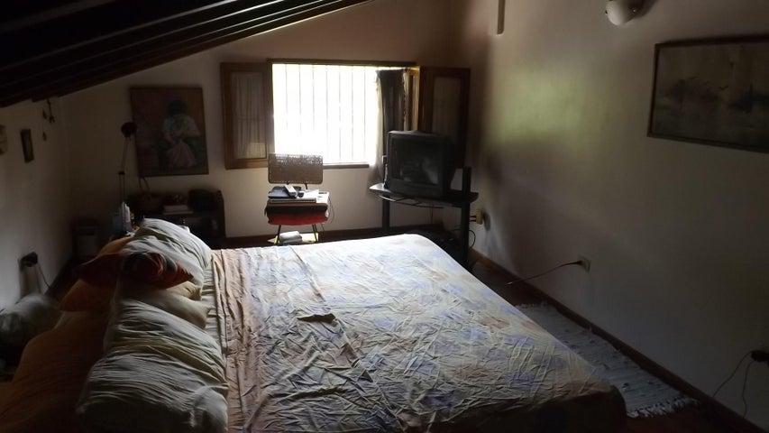 Casa Miranda>Guarenas>Mampote - Venta:38.798.000.000 Bolivares - codigo: 14-11405