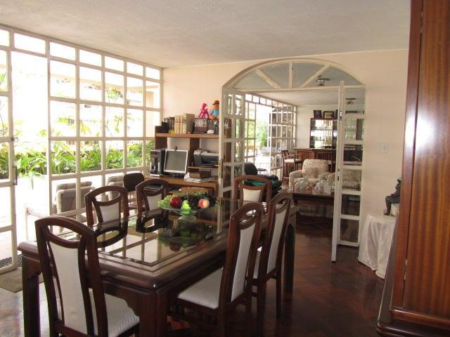 Apartamento Distrito Metropolitano>Caracas>Terrazas del Avila - Venta:92.534.000.000 Bolivares Fuertes - codigo: 14-11703