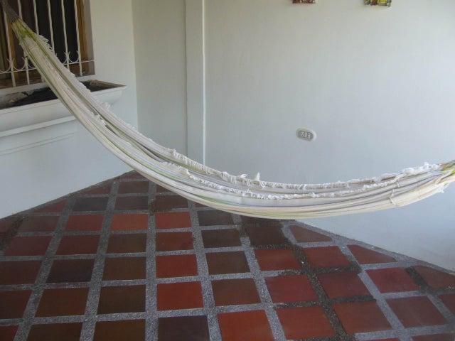 Casa Aragua>Turmero>Villas Paraiso - Venta:9.161.000.000  - codigo: 14-11926