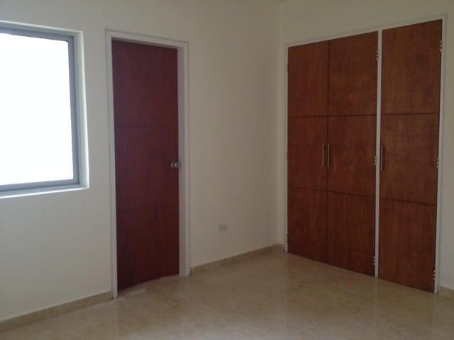 Apartamento Carabobo>Valencia>Las Chimeneas - Venta:41.504.000.000 Precio Referencial - codigo: 14-11931