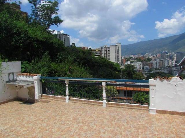 Casa Distrito Metropolitano>Caracas>Colinas de Bello Monte - Venta:300.000 Precio Referencial - codigo: 14-12852