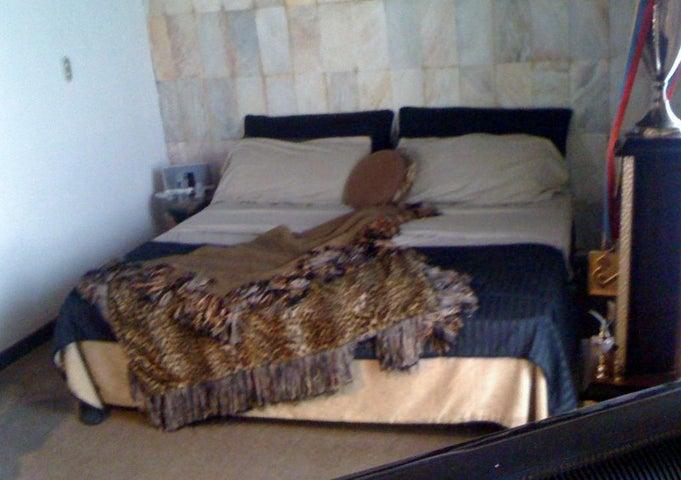 Apartamento Distrito Metropolitano>Caracas>Altamira - Venta:324.110.000.000 Precio Referencial - codigo: 14-12340