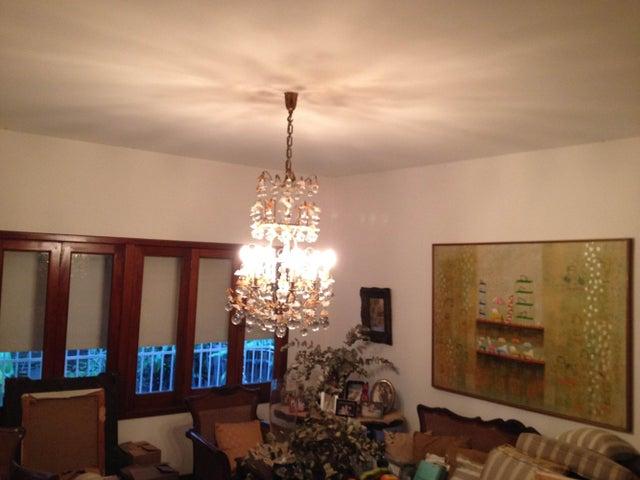 Casa Distrito Metropolitano>Caracas>Alta Florida - Venta:465.911.000.000 Precio Referencial - codigo: 14-12934