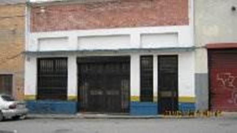 Local Comercial Distrito Metropolitano>Caracas>San Agustin del Norte - Venta:186.919.000.000 Bolivares - codigo: 14-12525