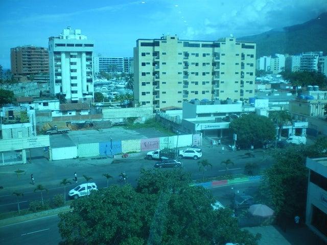 Local Comercial Vargas>Parroquia Caraballeda>Caribe - Venta:34.609.000.000 Bolivares - codigo: 14-12679