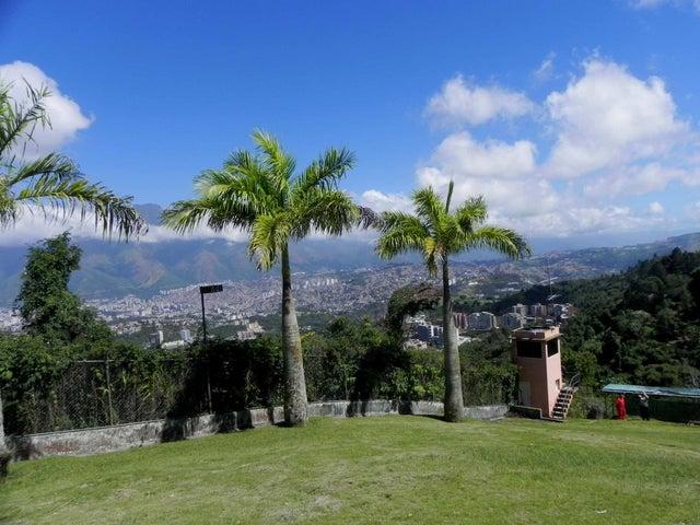 Terreno Distrito Metropolitano>Caracas>Alto Hatillo - Venta:320.674.000.000 Precio Referencial - codigo: 14-13014