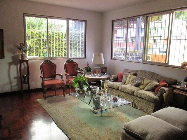 Casa Distrito Metropolitano>Caracas>Prados del Este - Venta:147.106.000.000 Bolivares - codigo: 14-13036