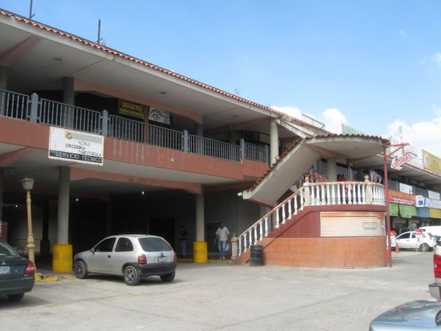 Local Comercial Aragua>Intercomunal Maracay-turmero>Intercomunal Turmero Maracay - Venta:7.329.000.000 Precio Referencial - codigo: 14-13067